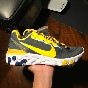 Nike React Element 55 'Michigan Wolverines' Sz 7